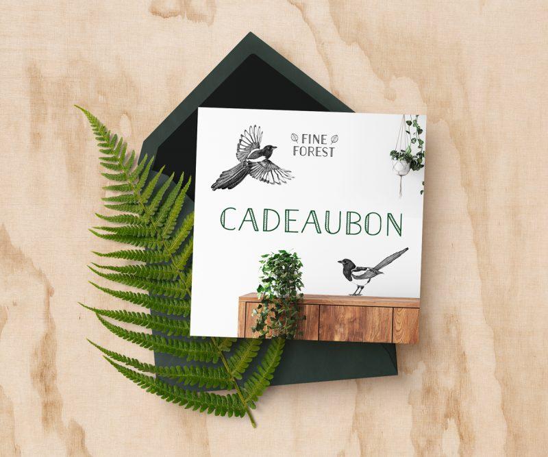 Fine Forest illustratie kadobon, cadeaubon muursticker, muurdecoratie